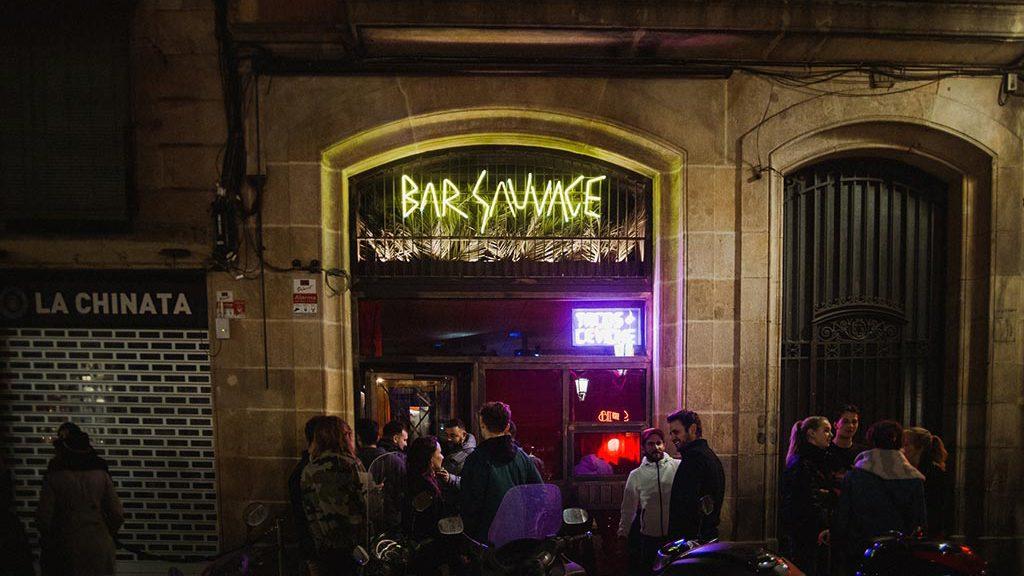bar sauvage exterior