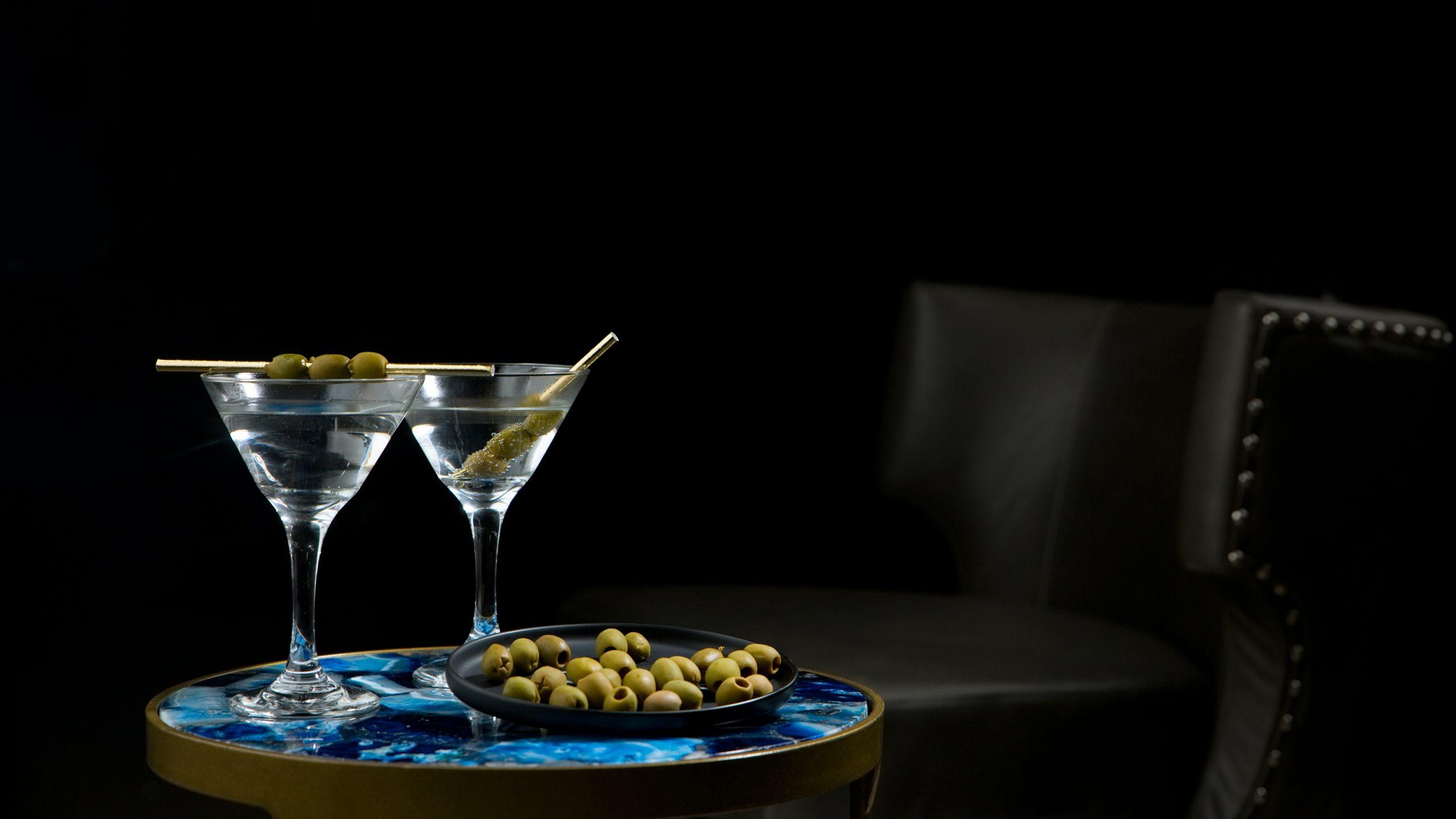 National Vodka Day 2020 aditya-saxena-E0ylYi5fGaU-unsplash