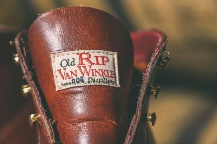 Wolverine_and_Old_Rip_Van_Winkle_Distillery_2