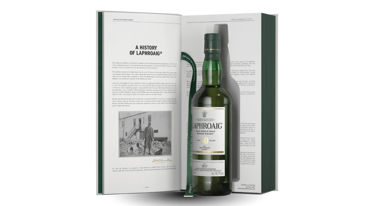 Laphroaig 30 Year Old Ian Hunter Story Book Two