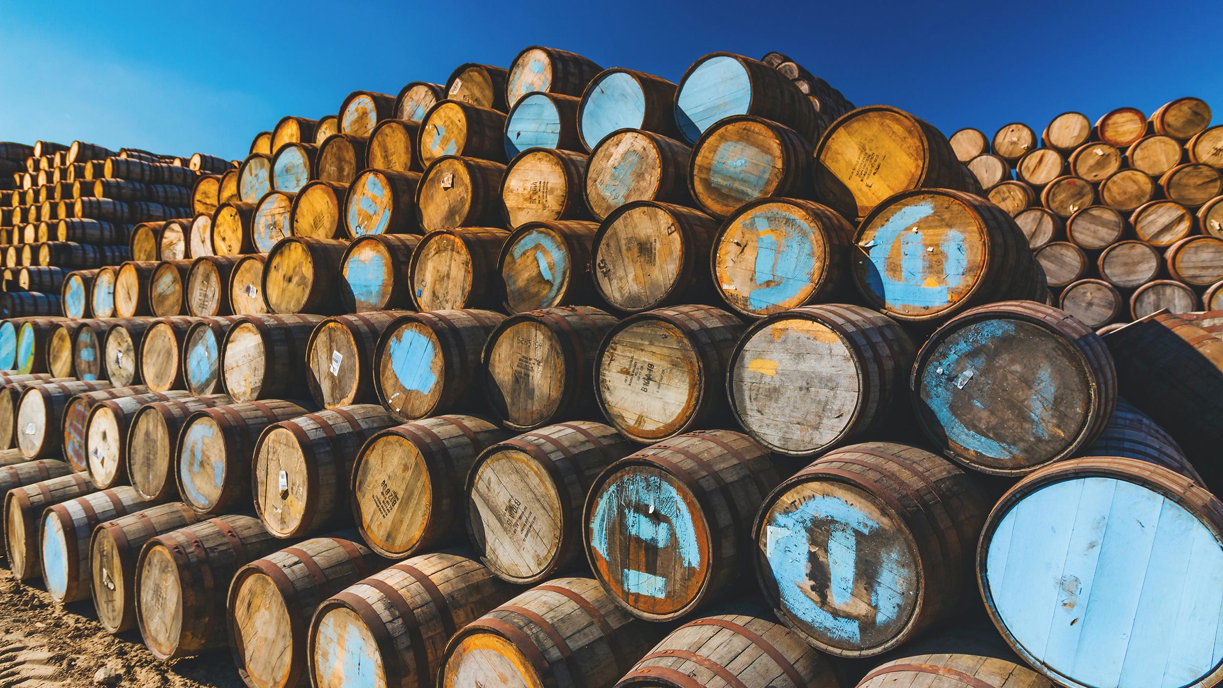 whisky casks brian-taylor-27hPQyRyhrk-unsplash(1)