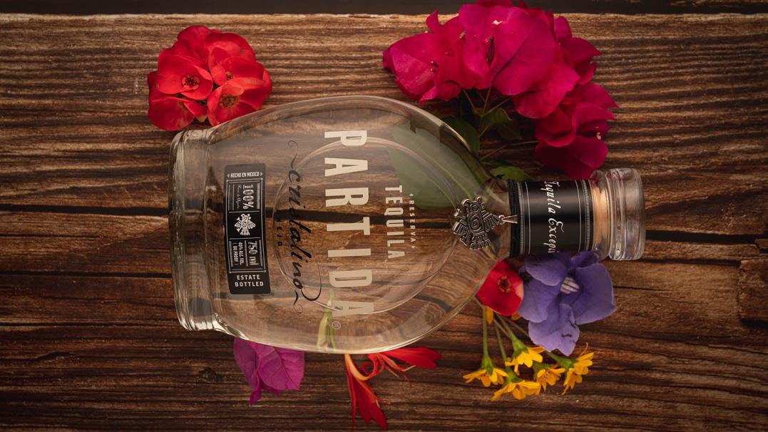 Tequila Partida Anejo Cristalino Feature