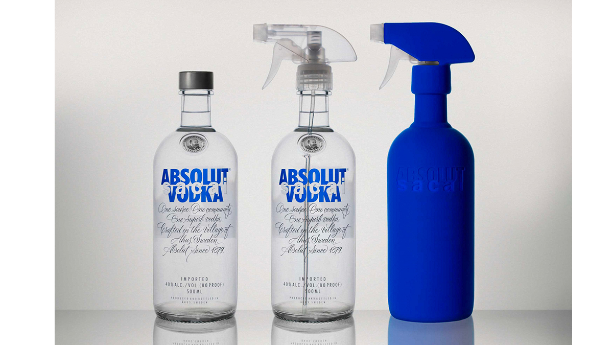 absolut sacai limited edition Bottle Set
