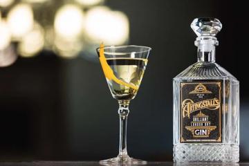 paul feig - brilliant london dry gin