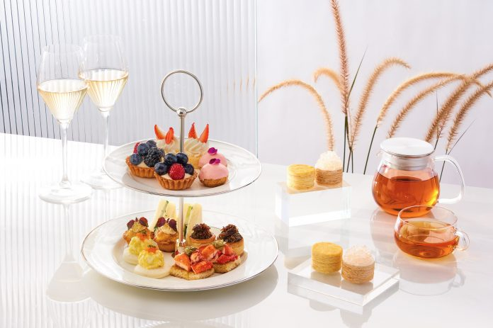 Lady-M-Champagne-Bar-Afternoon-Tea_60-Per-1
